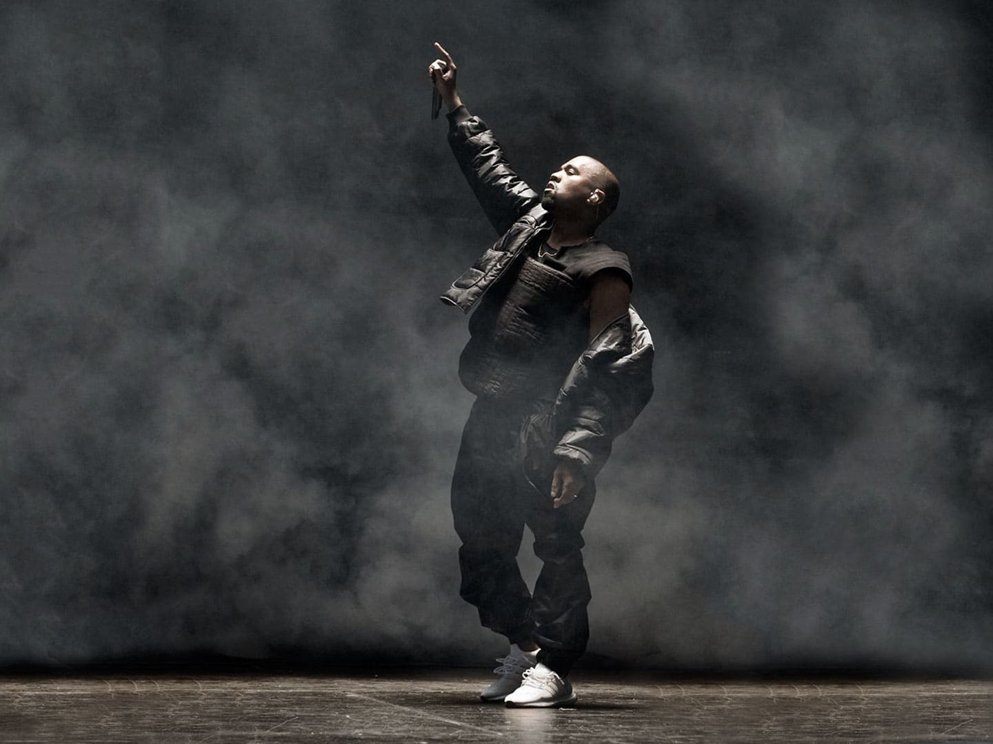 Kanye West performing live for his Saint Pablo Tour